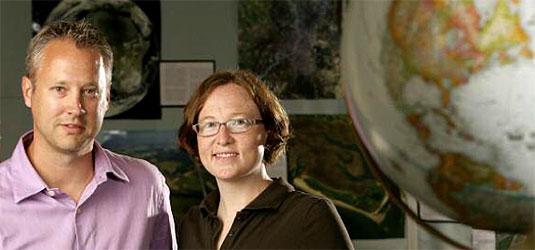 ES prof. Daniel Scott and grad student Jackie Dawson