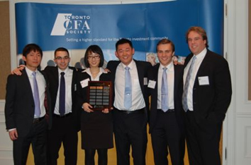 Waterloo accounting team at the Toronto CFA competition.