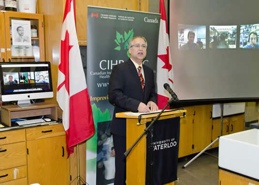 Minister of State Gary Goodyear announces funding for antibiotic resistance research.