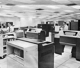A Honeywell mainframe in action.