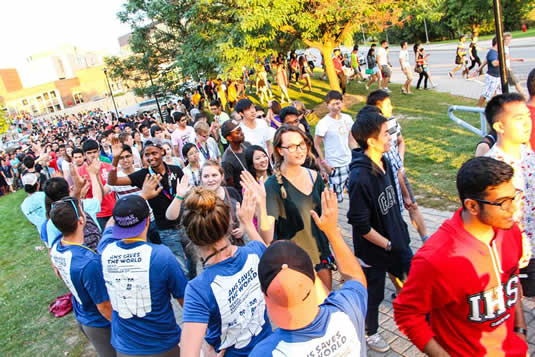 New students walk from the SLC during the Warrior Welcome event.